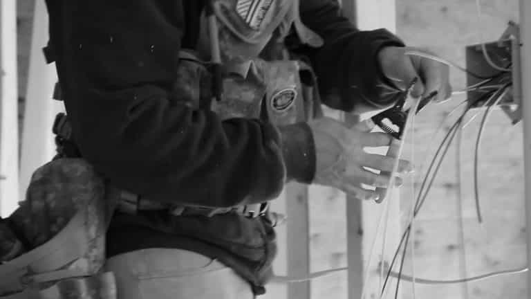 best tool vest for electricians