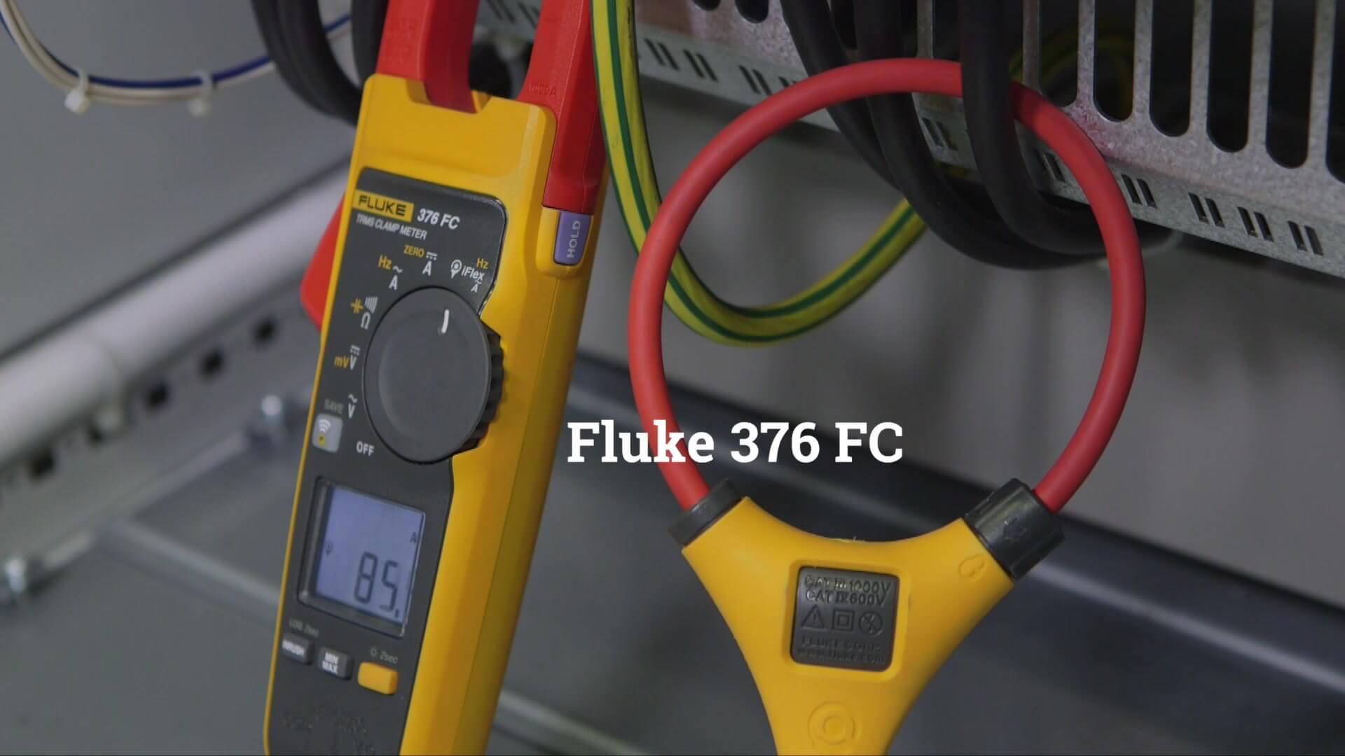 how to use digital clamp meter