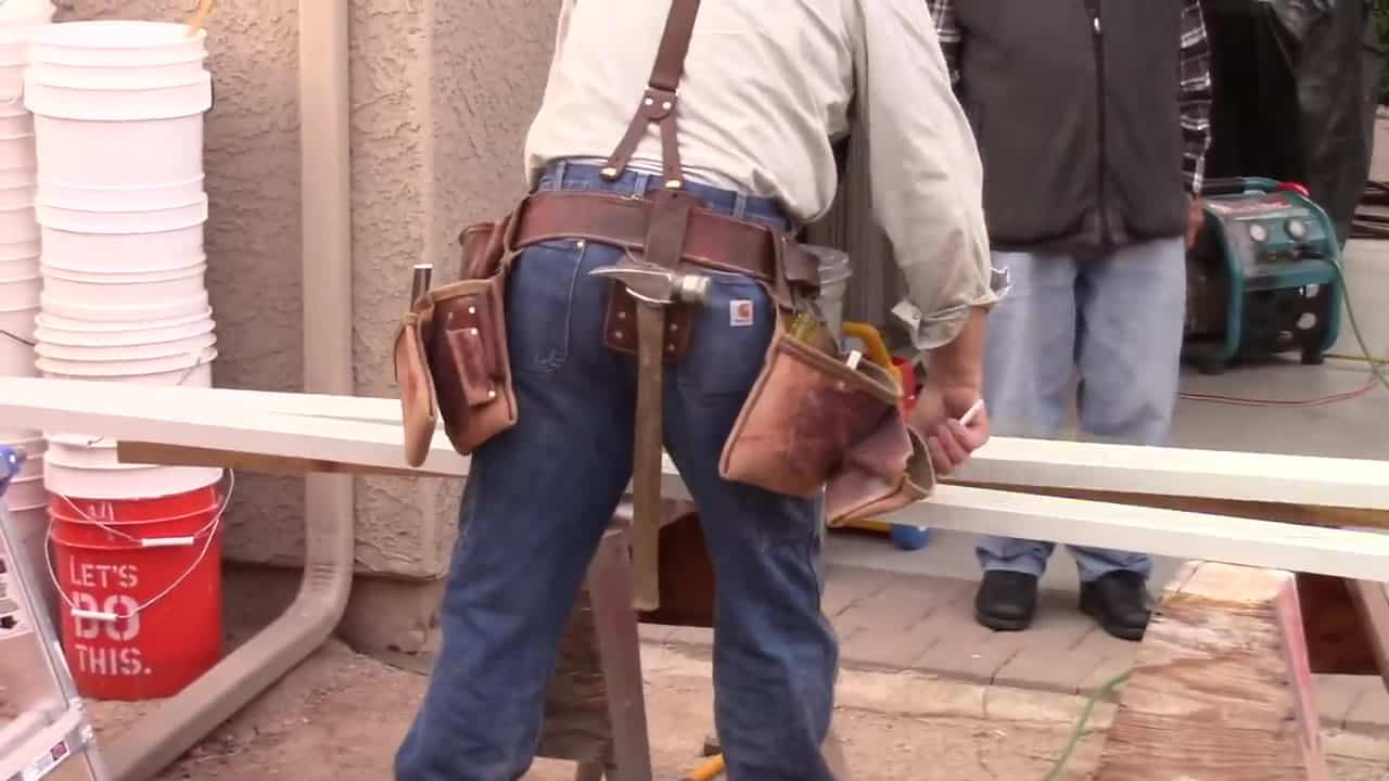 How To Wear A Tool Belt For Electricians
